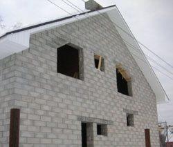 Качественный и недорогой дом из пеноблоков, кирпича, бруса в городе Северодвинск, можно заказать в нашей компании профессиональных строителей СтройСервисНК